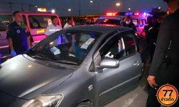 สาวใหญ่หัวหน้าคลังสินค้า โรคหัวใจกำเริบ เสียชีวิตในรถที่จอดอยู่ริมถนน