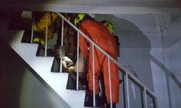 สลด! ไฟไหม้ตึกแถว 4 ชั้น 3 คูหา ย่านนนทบุรี สาวใหญ่หนีไม่ทันสำลักควันเสียชีวิต