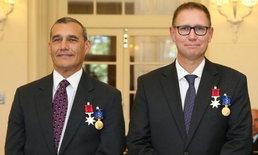 ออสเตรเลียซาบซึ้ง! มอบเหรียญกล้าหาญ ให้ 2 นักดำน้ำช่วยทีมหมูป่า