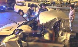 ยางรถระเบิด! หนุ่มเมียนมาชะตาขาด นั่งข้างคนขับถูกอัดเสยท้ายรถพ่วง