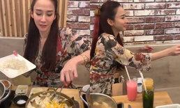 """""""อั้ม พัชราภา"""" น่ารักเป็นกันเองมาก ทำข้าวผัดให้โต๊ะข้างๆ ชิม"""