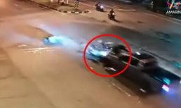 เหยื่อถูกหนุ่มแหกด่านชนยังผวา-ไม่กล้าขับรถ พ่อเก็บศพลูกถูกวิสามัญรอผลวิถีกระสุน