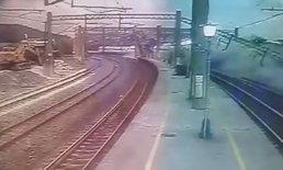 """เผยคลิปนาทีระทึก รถไฟไต้หวัน """"แหกโค้งตกราง"""" ตาย 18 ศพ บาดเจ็บนับร้อย"""