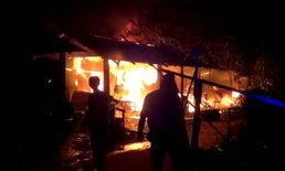 ร่ำไห้หนัก-หนุ่มออกไปทำงาน กลับมาไฟไหม้ห้องพักวอดทั้งหลัง