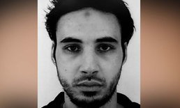 """ตำรวจฝรั่งเศสเปิดฉากวิสามัญฆาตกรรม """"มือปืน"""" กราดยิงตลาดคริสต์มาส"""