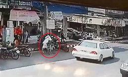 หนุ่มแสบฉกรถจักรยานหรูราคา 20,000 บาท ปั่นเข้าซอยหลบหนีลอยนวล (คลิป)