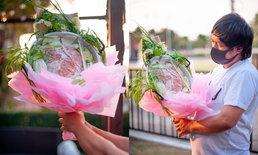 """มิติใหม่วาเลนไทน์! หนุ่มทำช่อ """"หมูกระทะ"""" ให้แฟน แทนดอกไม้ มอบเสร็จตั้งเตากินต่อ"""
