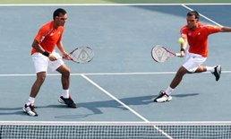 แฝดรติวัฒน์เต็ง1เทนนิสแดนกิมจิ