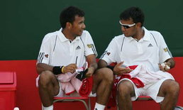 แฝดรติวัฒน์หวดเจ้าถิ่นเข้ารอบ8เทนนิสกรีซ