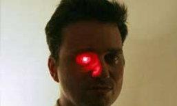 ทึ่ง! มนุษย์ตาหุ่นยนต์ คนแรกของโลก