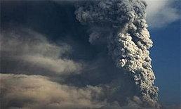 เถ้าภูเขาไฟเมราปีป่วนเที่ยวบินอินโดนีเซีย