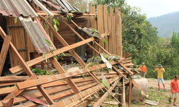 พายุฤดูร้อนถล่ม9หมู่บ้านลำปางบ้านพังนับ100หลัง