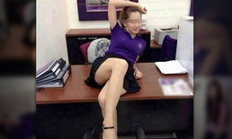 แชร์ว่อน! สาวคล้ายสาวแบงก์โพสต์ท่ายั่วที่ธนาคาร