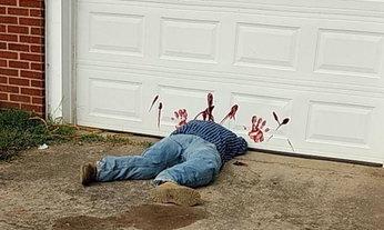 ชาวบ้านหลอน! แห่แจ้งตำรวจเจอคนตาย แต่ที่แท้เป็นแค่หุ่น