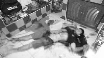 นศ.วิศวะฆ่าตัวตาย มีดปักคอ-แทงอก-คว้านท้อง เพื่อน 5 คนอยู่ในบ้านไม่รู้เรื่อง