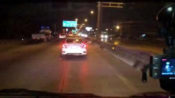 เสียชีวิตแล้ว ผู้ป่วยบนรถฉุกเฉิน จากคลิปเก๋งสีขาวไม่ยอมหลบ