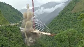 โคลอมเบียไม่เสียดาย! ระเบิดสะพานออกแบบพลาดทิ้ง หลังถล่มทับคนงานตาย 10 คน