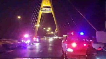 แม่ป่วยมะเร็งระยะสุดท้าย พาลูก 10 ขวบขึ้นสะพานภูมิพล หวังฆ่าตัวตาย