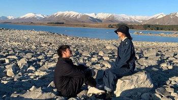 """""""อาเล็ก"""" ยอมเปย์หนัก พา """"เต้ย"""" เที่ยวนิวซีแลนด์ แจงรูปสำคัญคล้ายช็อตขอแต่งงาน"""