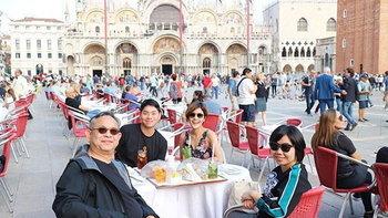 """""""เปาวลี"""" เที่ยวอิตาลี กับครอบครัวแฟน """"ป๋ากิ๊ก"""" ใจดีพร้อมรับว่าที่ลูกสะใภ้"""
