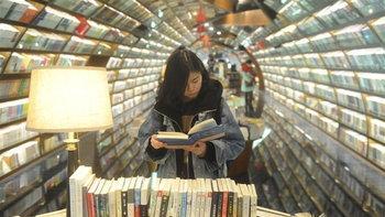 สวนกระแสโลก! วงการสิ่งพิมพ์จีนเติบโตตลอด 40 ปี ผุดสำนักพิมพ์เพิ่มกว่า 500 แห่ง