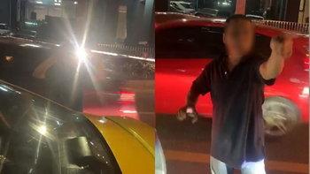 แท็กซี่เท้าไฟ! แซงทุกคันจนผู้โดยสารบ่นจะอ้วก เจอโชเฟอร์ไล่ลงจากรถ