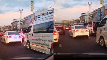 """""""เก๋งขาว"""" ใจดำ! ขวางรถฉุกเฉิน คนในรถลงไปบอกให้หลบยังนิ่งไม่ขยับ"""