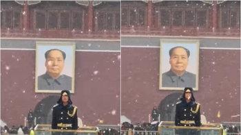 คารวะ ทหารจีนหน้าจัตุรัสเทียนอันเหมิน ยืนนิ่งกลางหิมะโปรยปราย