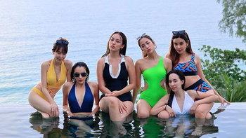 """""""หยาดทิพย์"""" ยกแก๊งเพื่อนเที่ยวทะเลภูเก็ต จัดให้รัวๆ ภาพชุดว่ายน้ำเซ็กซี่"""