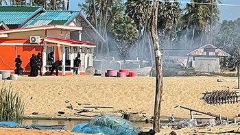 ทหารปัตตานี ปะทะเดือด คนร้ายยิงแล้วเผา 3 ศพ หลบหนีอยู่ในรีสอร์ต