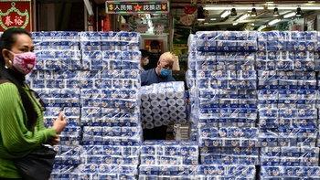 ฮ่องกงจับโจรปล้นกระดาษชำระ 600 ม้วน หน้าซูเปอร์มาร์เก็ตย่านมงก๊ก