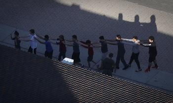 เปิดปูมมือปืนวัย 19 กราดยิงโรงเรียน 17 ศพ เข้าข่ายเป็นโรคประสาท