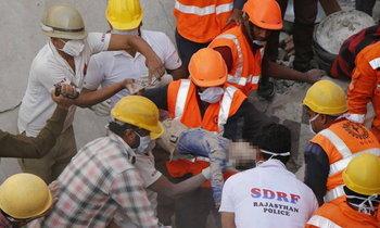 ถังแก๊สระเบิดกลางงานแต่งอินเดีย เสียชีวิตเพียบ