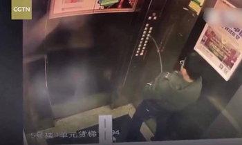 """กรรมติดจรวด! เด็กชายติดลิฟต์ในจีน เหตุ """"ฉี่"""" ใส่ปุ่มกดจนไฟช็อต"""