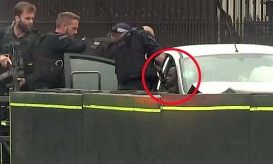 เปิดโฉมหน้าชายผิวสี ผู้ต้องหาก่อการร้าย ขับรถชนคนหน้ารัฐสภาอังกฤษ