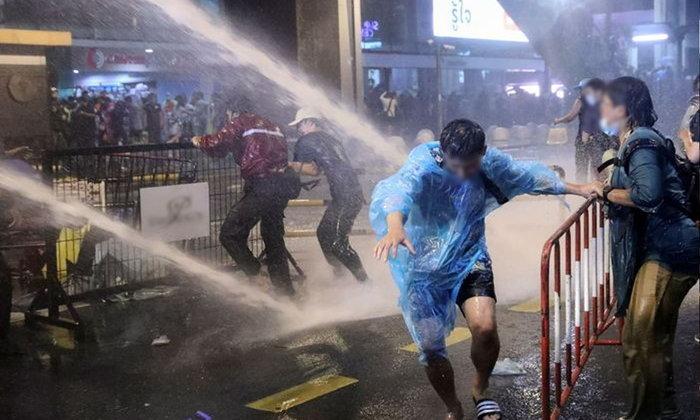 เกาหลีใต้จี้รัฐบาลเลิกส่งออกรถฉีดน้ำสลายม็อบ หวั่นมีคนเสียชีวิตอีก