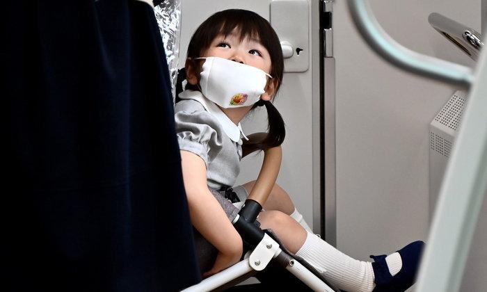 นักวิจัยญี่ปุ่นเตือน เด็กอายุต่ำกว่า 2 ขวบ ไม่ควรสวมหน้ากาก