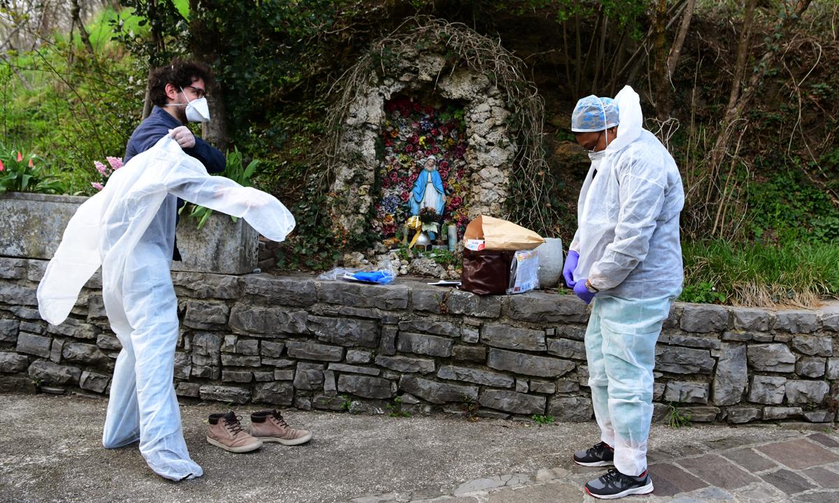 อิตาลี ยอดผู้ติดเชื้อโควิด-19 ทะยานขึ้นที่ 2 ของโลกแซงจีน ตายเกือบพันคนในคืนเดียว