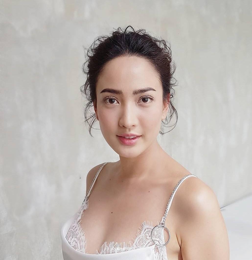 ประวัตินางเอกสาวแนวหน้าของเมืองไทย