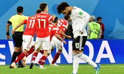 """""""ซาลาห์"""" แบกไม่ไหว ! อียิปต์ พ่าย รัสเซีย 1-3 จ่อตกรอบทีมแรกในบอลโลก 2018"""