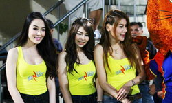 แจ่มจริง! สาวซัลโวบุกสนามบอลไทย
