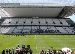 บราซิลเร่งจัดเตรียมสนามก่อนเปิดฉากฟุตบอลโลก2014