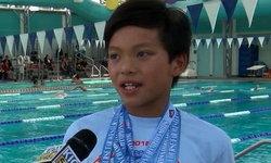 """ซูเปอร์แมน! หนูน้อยวัย 10 ปี ว่ายน้ำทุบสถิติ """"ไมเคิล เฟลป์ส"""" (คลิป)"""