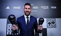 """เจ๋งสุดในโลก! """"เมสซี"""" เบียด """"ฟาน ไดค์-โรนัลโด้"""" ผงาดรางวัลนักฟุตบอลชายยอดเยี่ยม 2019 ฟีฟ่า"""