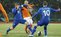 ซิกูร์ดส์สันเบิ้ล!ไอซ์แลนด์พลิกต้อนอัศวินตกม้า2-0+คลิป