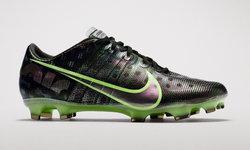 """ไนกี้ เปิดตัวรองเท้าฟุตบอล """"Nike Air Zoom Mercurial"""""""