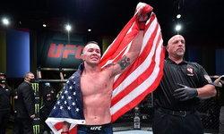 """ขยับใกล้แชมป์! """"โควิงตัน"""" ปิดจ็อบ """"วูดลีย์"""" ยกห้า ศึก UFC FIGHT NIGHT"""