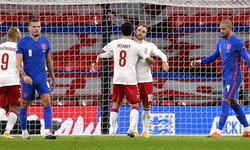 """""""แม็กไกวร์"""" โดนไล่! อังกฤษ 10 คน พ่าย เดนมาร์ก คาบ้าน 0-1 ศึกเนชันส์ ลีก"""