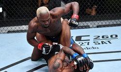 """ต้อนแต้มขาดลอย! """"บรุนสัน"""" เก๋ากว่าไล่ทุบ """"ฮอลแลนด์"""" ศึก UFC Fight Night"""