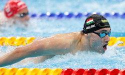 """""""มิลัก"""" ทุบสถิติ """"เฟลป์ส"""" ผงาดคว้าว่ายน้ำ ผีเสื้อ 200 เมตร"""